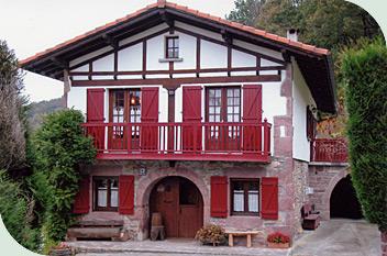 g te aterbea urdax pays basque espagnol. Black Bedroom Furniture Sets. Home Design Ideas